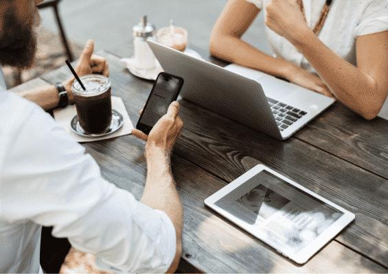Cara Pemasaran Digital Mempengaruhi Pilihan Pengguna & Akuisisi Pelanggan