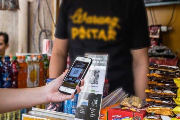 Digitalisasi Warung: Inklusi Digital & Finansial Menuju Kesejahteraan Rakyat